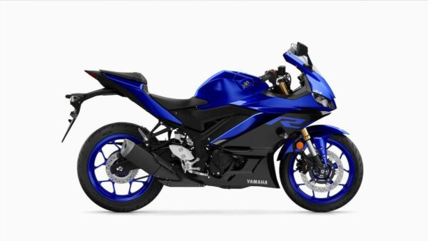 CocMotors-Yamaha–R3-right