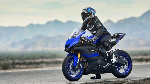 CocMotors-Yamaha–R6-outside2