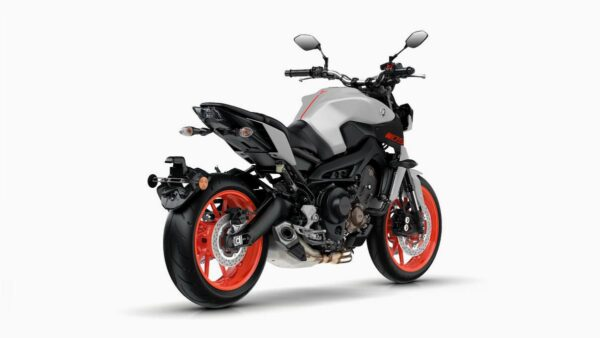 CocMotors-Yamaha-MT-09-back