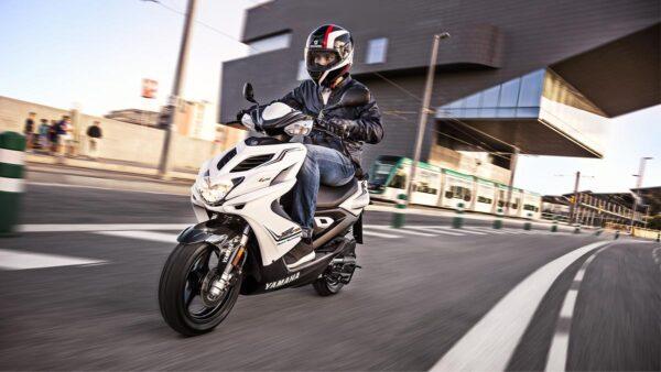 CocMotors-Yamaha-AEROX4Beauty