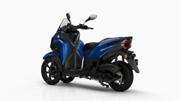 CocMotors-Yamaha-MW155BlueBack