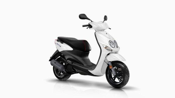 CocMotors-Yamaha-NEOS4WhiteFront