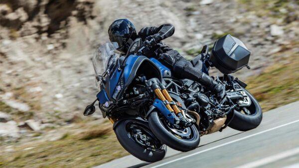 CocMotors-Yamaha-Niken-GT-beauty
