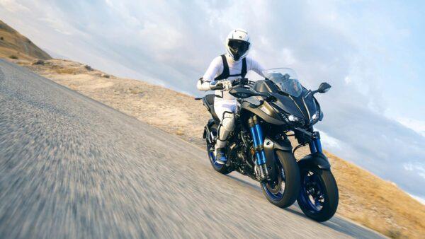 CocMotors-Yamaha-Niken-beauty
