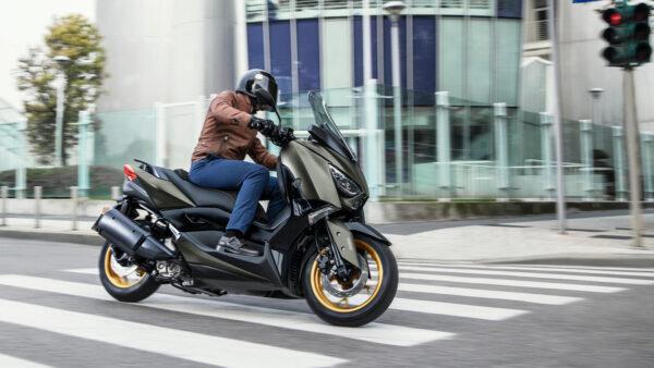 CocMotors – Yamaha XMAX 300 Tech MAX beauty