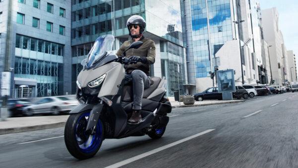 CocMotors – Yamaha XMAX300 2021 beauty